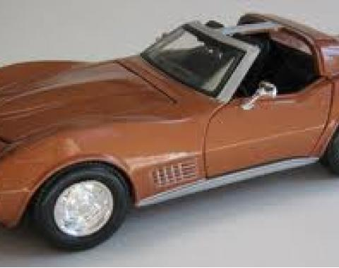 Corvette 1970 Coupe Bronze 1/24 Diecast