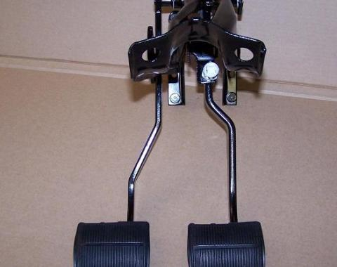 Chevrolet 4 Speed Brake and Clutch Pedal Set, USED 1965-1966