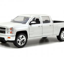 Chevrolet Silverado 2014, 1/24 White Die Cast Model Car