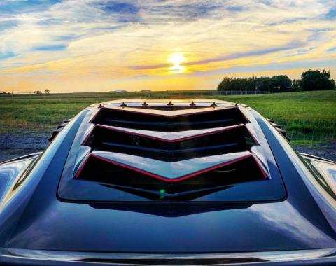 GlassSkinz 2014-19 Corvette Bakkdraft Rear Window Valance / Louver C7BAKKDRAFT | Carbon Flash GAR