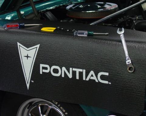 Fender Gripper® Cover, Black with Pontiac Logo